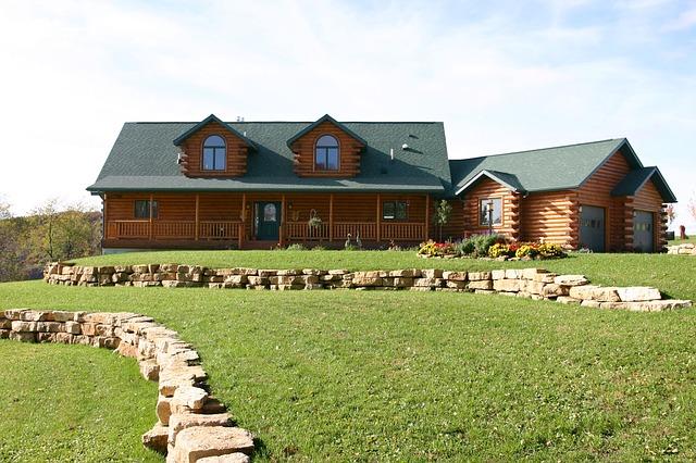 log-house-96085_640